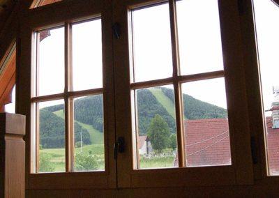Drevenicacicmany.sk | Drevenica Čičmany | Pohľad z horného okna